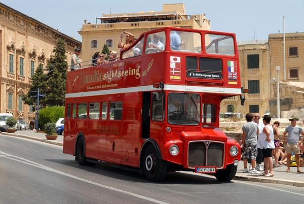 lal malta gezi otobüs