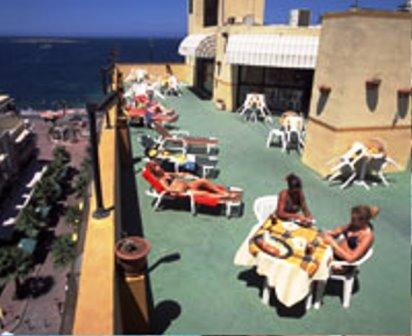Sprachcaffe Malta Teras