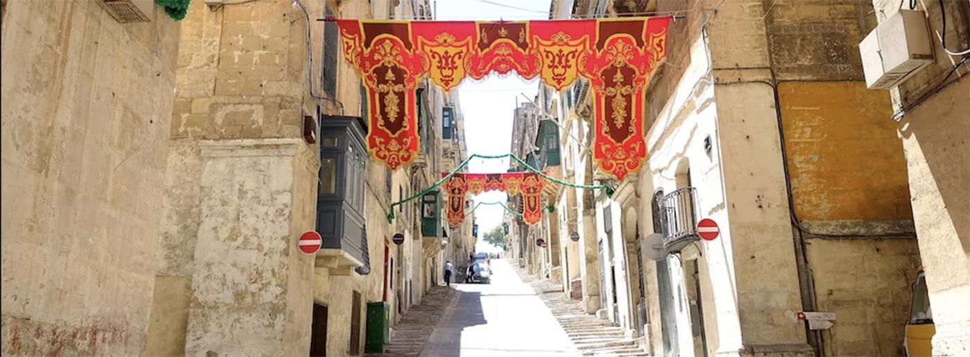 Malta dil okulu fiyatları, ücret ve tarifeler. Fiyat listeleri, indirimler, kampanyalar.