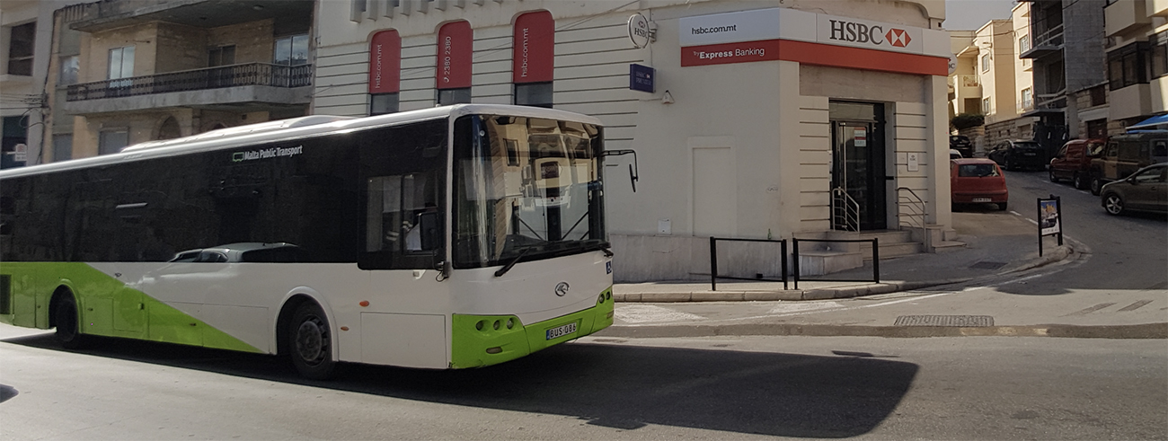 malta'da ulaşım otobüslerle yapılır. malta akbili tallinja kart malta public transport sitesinden alınır.